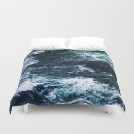 Wild ocean waves Duvet Cover