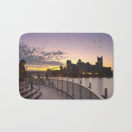 Pittsburgh At Dawn Bath Mat