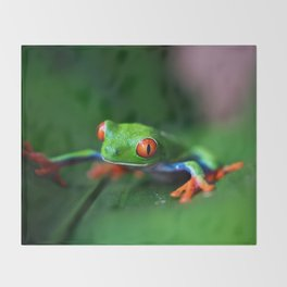Little Tree Frog (Color) Throw Blanket
