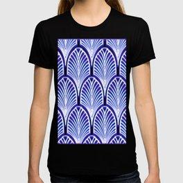 Nouveau,art deco, blue,white,vintage,pattern,elegant,chic,modern, trendy T-shirt