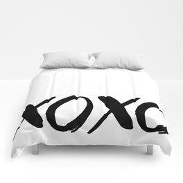 XOXO - Hugs and Kisses Comforters