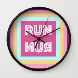 Run-nur Wall Clock