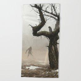 old apple tree Beach Towel