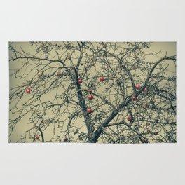 Red Apples in Empty Garden Rug