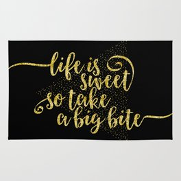 TEXT ART GOLD Life is sweet Rug