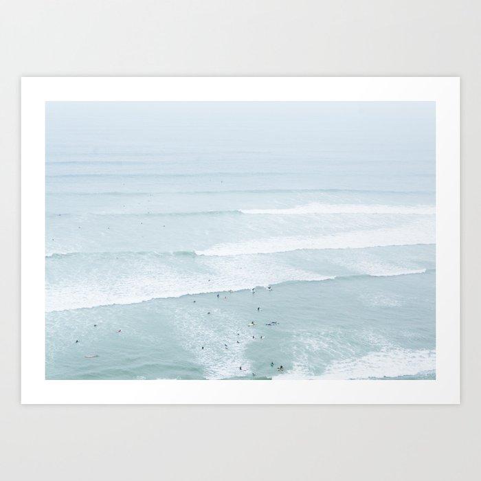 Tiny Surfers from the Sky, Lima, Peru Kunstdrucke