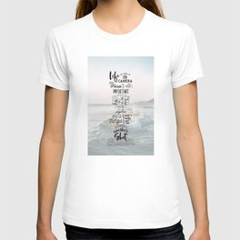 Life is Like a Camera Travel Photography Quote // Beach + Ocean Waves Background T-shirt