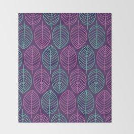 Leaf outlines Throw Blanket