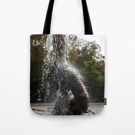 Trelleborg Seeschlangen Brunnen Tote Bag