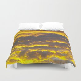 On the Way to Nirvāṇa Duvet Cover