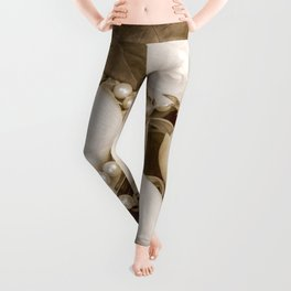 Pearl and roses Leggings