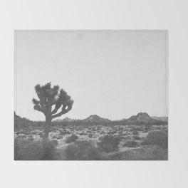 JOSHUA TREE / California Desert Throw Blanket