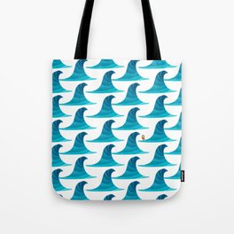 060 - Looking for the perfect wave pattern Tote Bag