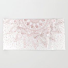 Elegant rose gold mandala confetti design Beach Towel