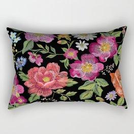 Bordado Rectangular Pillow