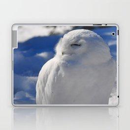 Snowy in the Snow by Teresa Thompson Laptop & iPad Skin