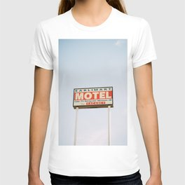 earlimart motel T-shirt