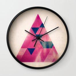 TRYYNGL LYT Wall Clock