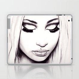 Nicki  Laptop & iPad Skin