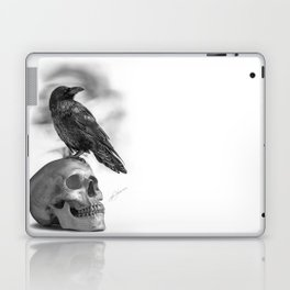 The Raven and The Skull - By Julio Lucas Laptop & iPad Skin