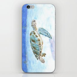 Sea turtle underwater iPhone Skin