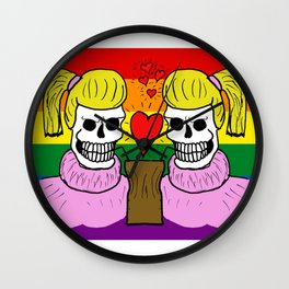 LOVE IS EQUAL! (Femme) Wall Clock