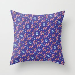 Caballito Flor Throw Pillow