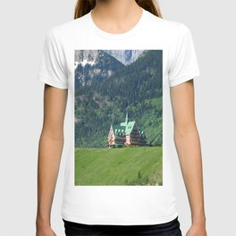Prince of Wales Hotel in Waterton Lake Park T-shirt