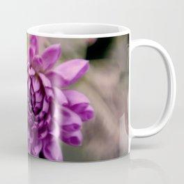 la vie en violet Coffee Mug