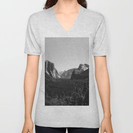 Tunnel View, Yosemite National Park III Unisex V-Neck