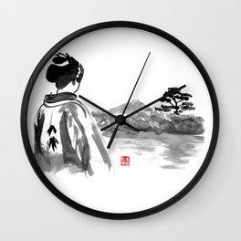 geisha's watching Wall Clock