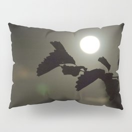 By the light of the full moon Pillow Sham