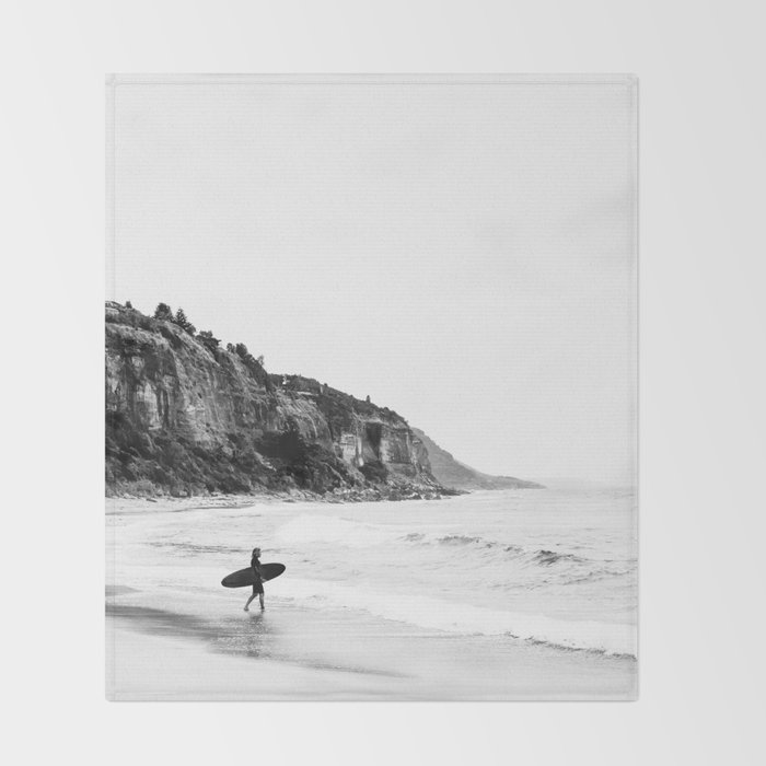 Surfer heads out II Throw Blanket