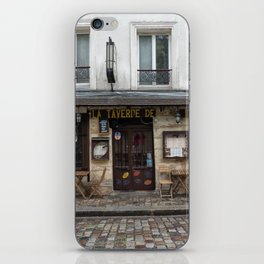 Cafe in Monmartre Paris iPhone Skin