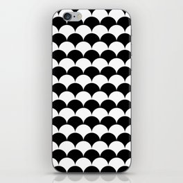 Black and White Clamshell Pattern iPhone Skin