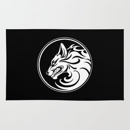 White and Black Growling Wolf Disc Rug