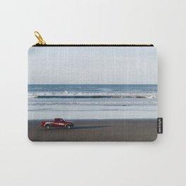 camion en la playa Carry-All Pouch