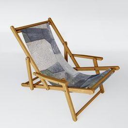 An imperial wall Sling Chair