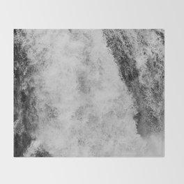 Secret waterfall Throw Blanket