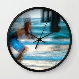 Pier Creeper Wall Clock