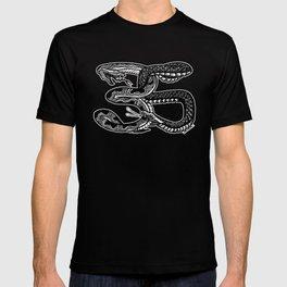 Snake35 - snake bite BK T-shirt