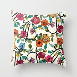 Fleurs Throw Pillow