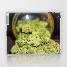 Green goodness Laptop & iPad Skin