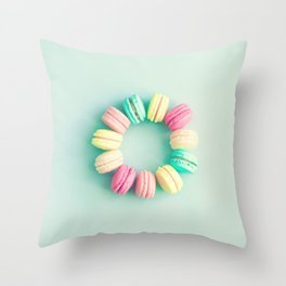 Macarons, macaroons circle, pop art Throw Pillow