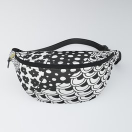 Zentangle Pattern | Black and white Fanny Pack