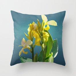 Spade's Yellow Canna Lily Throw Pillow