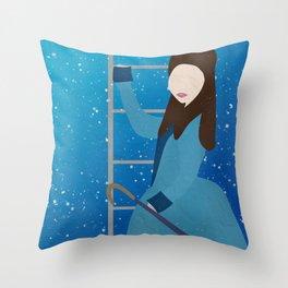 Souffle Girl, Clara Oswin Oswald - Doctor Who Throw Pillow