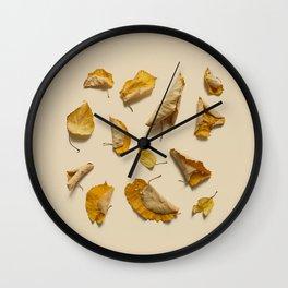 COMPOSIZIONE FOGLIE VI Wall Clock