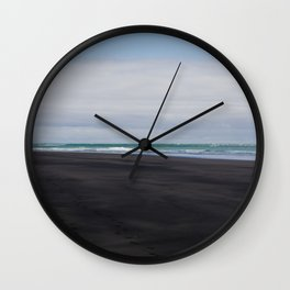 black beaches of raglan Wall Clock