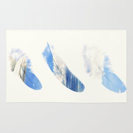 Dreamy feathers Rug
